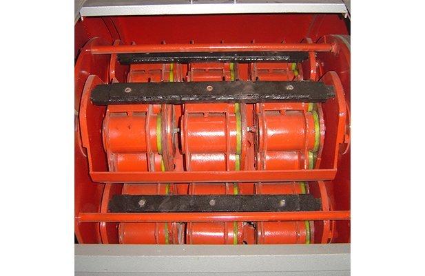 XGP40 Centrifugal barrel finishing machine with 48 small barrel design polishing machine buffing machine