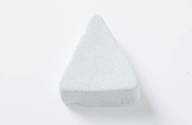 ceramic triangle media stone