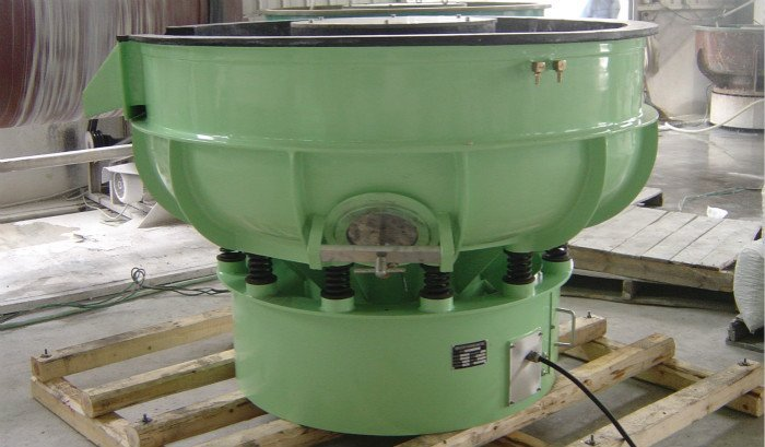 German Rosler Design Vibratory Tumbler machine