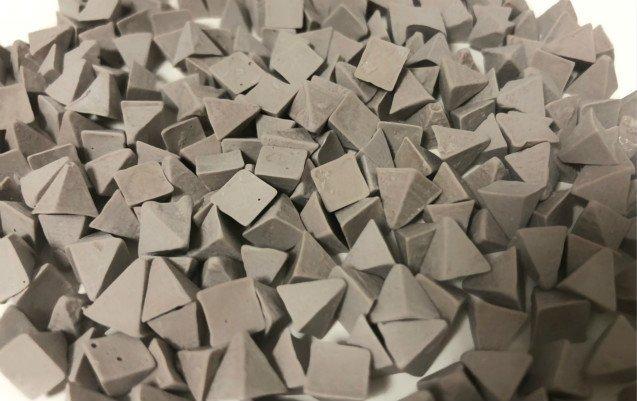 Z1 Zirconium plastic tumbling media