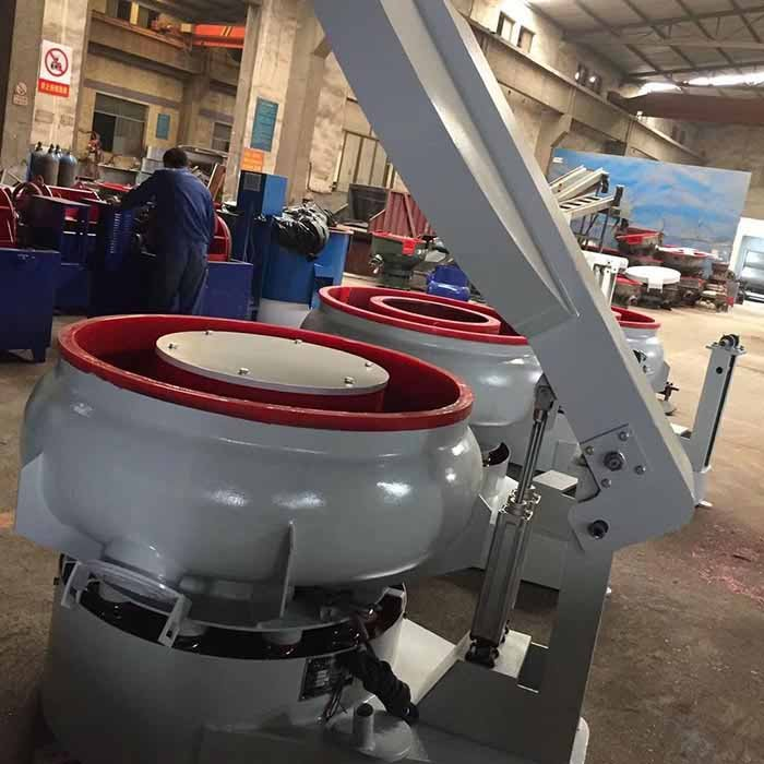 vibratory polishing machine with sound cover