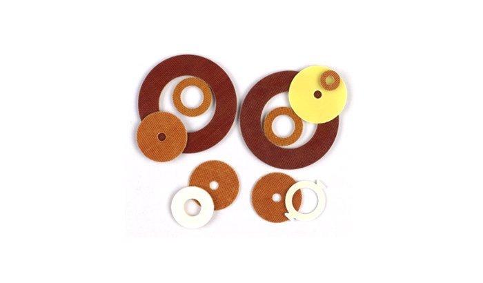 Deflashing plastic stamping parts