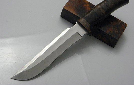 Stainless steel knives polishing