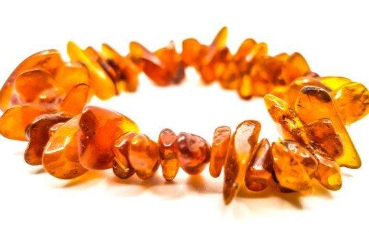 amber bracelet polishing