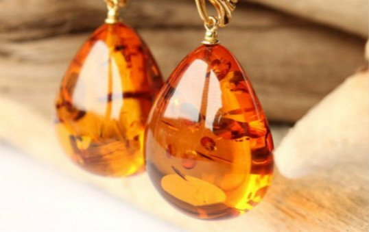 amber earing polishing