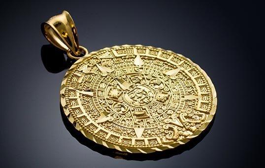 gold pendant polishing