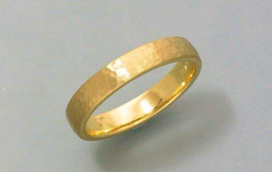 gold ring polishing