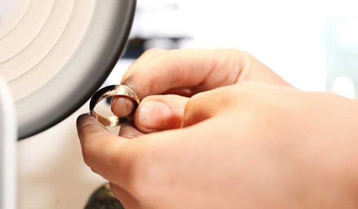 jewelry polishing machine manually
